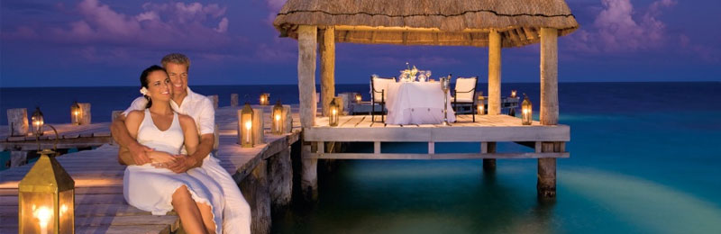 Best romantic beach resorts vacation ideas for couples for Health spa vacations for couples