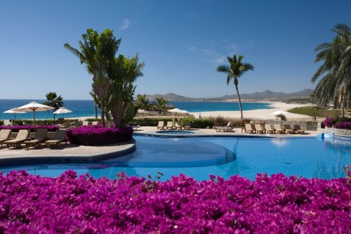 A shot of the pool at Zoëtry Casa del Mar looking out to the Sea of Cortez.