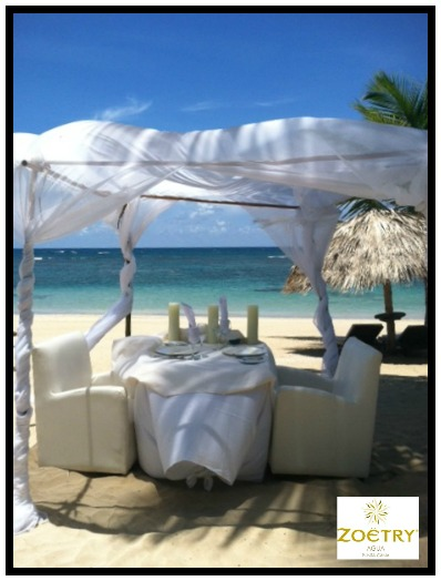 Romantic Dining Beach2