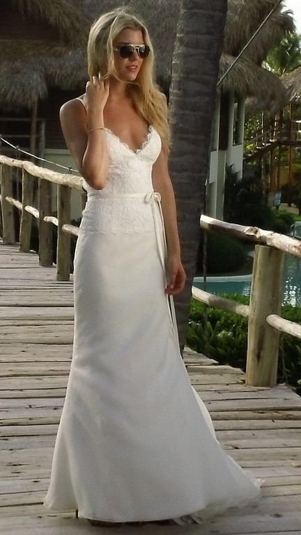 Got to love the aviator look with a wedding gown in a beautiful tropical setting!