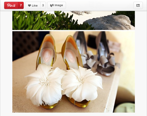 We are in love with these gorgeous and totally unique shoes, so perfect for a beach wedding!