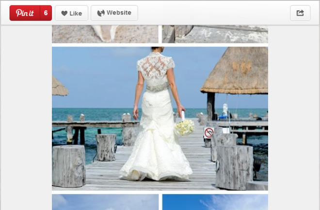 This lovely bride has quite the view at picturesque Zoëtry Paraiso de la Bonita Riviera Maya.