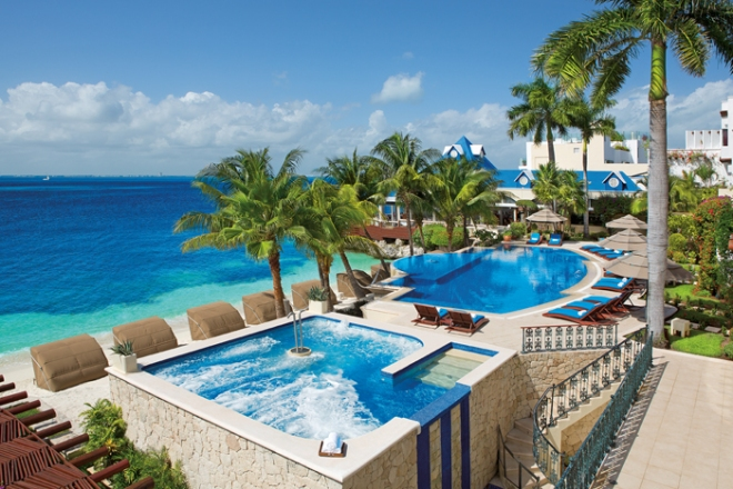 It's hard to choose your Zoëtry Wellness & Spa Resorts destination since they're all this beautiful!