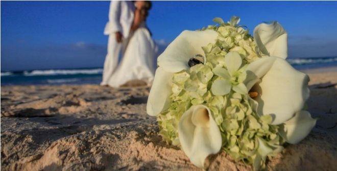 Bouquet on sand