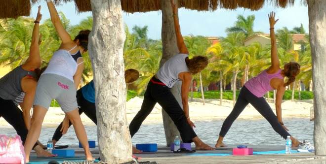 wellness-yoga-pier-sretch-1